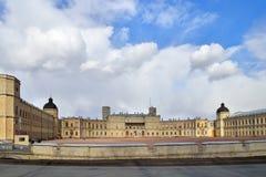 Panorama Uroczysty pałac w Gatchina w słońcu Zdjęcie Royalty Free