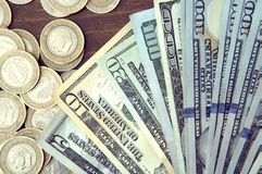 Panorama USA dolarów banknotów tekstura Tekstury USA dolary Tło różni mili dolarowi rachunki, metalu pieniądze zdjęcie royalty free
