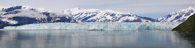 Panorama- utsikt för Alaska Hubbard glaciär arkivfoto