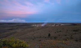 Panorama van actieve Kilauea-vulkaankrater stock foto