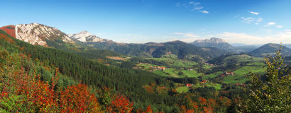 Panorama van Aramaio vallei Stock Foto