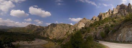 Panorama van bergen stock afbeeldingen