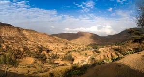 Panorama van bergen en vallei dichtbij Haramaya, Oromia, Ethiopië stock fotografie