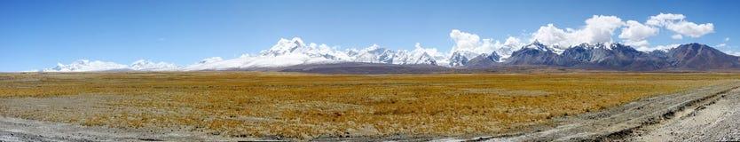 Panorama van bergshishapangma royalty-vrije stock foto's