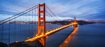 Panorama van beroemd Golden gate bridge stock fotografie
