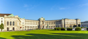 Panorama van beroemde Hofburg in Wenen, Oostenrijk stock afbeelding