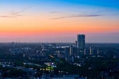 Panorama van Bonn na zonsondergang royalty-vrije stock fotografie