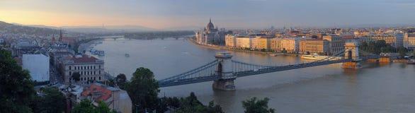 Panorama van Budapes royalty-vrije stock afbeeldingen