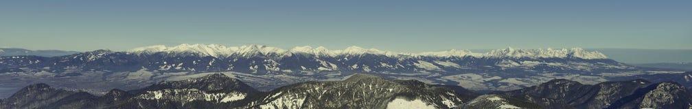 Panorama van Chopok-berg bij Jasna-het gebied van de skitoevlucht, Slowakije Royalty-vrije Stock Fotografie