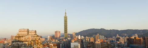 Panorama van cityscape van Taipeh. Stock Afbeelding