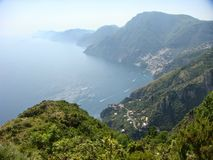 Panorama van de Amalfi Kust in het zuiden van Italië Stock Foto