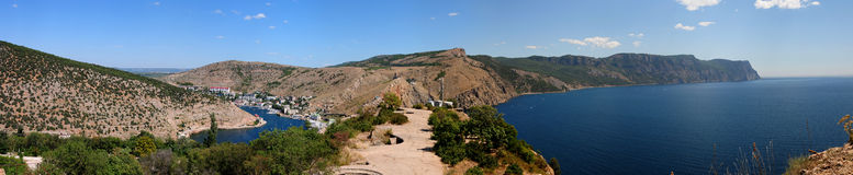 Panorama van de baai Balaklavsky en de kaap Ajja Stock Afbeeldingen