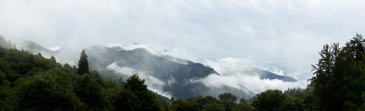 Panorama van de bergen Royalty-vrije Stock Afbeelding