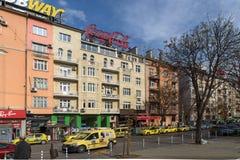 Panorama van de Boulevard van Patriarh Evtimiy in Sofia, Bulgarije stock foto's