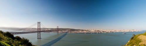 Panorama van de brug Lissabon Portugal Stock Foto