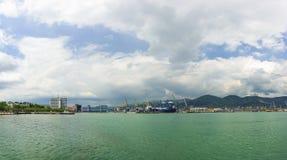 Panorama van de commerciële zeehaven van Novorossiysk Stock Foto's