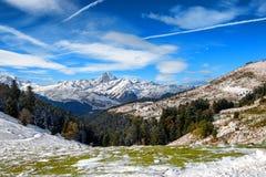 Panorama van de Franse bergen van de Pyreneeën met Pic du Midi DE Bigorr stock foto's