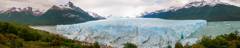 Panorama van de Gletsjer Perito Moreno, Calafate, Argentinië Royalty-vrije Stock Afbeeldingen