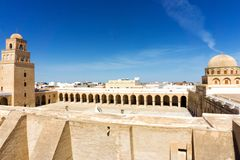 Panorama van de Grote Moskee in Kairouan, Tunesië royalty-vrije stock fotografie