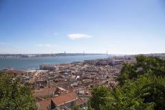 Panorama van de historische stad van Lissabon Royalty-vrije Stock Afbeeldingen