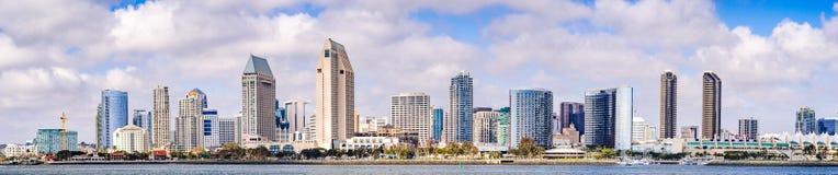 Panorama van de horizon van de binnenstad van San Diego, Californië royalty-vrije stock fotografie
