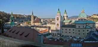 Panorama van de kerken van Salzburg Stock Foto's