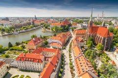 Panorama van de oude stad van St Johns kathedraaltoren, Kathedraaleiland, Wroclaw, Polen stock fotografie
