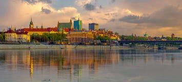 Panorama van de Oude Stad in Warshau in Polen stock foto's