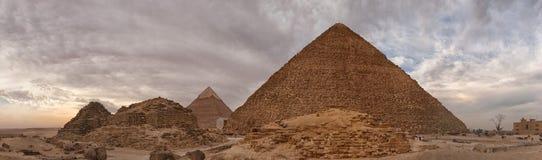 Panorama van de piramide van Cheops in Egypte royalty-vrije stock fotografie