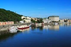Panorama van de rechteroever van Dnieper in Kiev Royalty-vrije Stock Fotografie