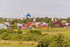 Panorama van de stad van Suzdal in Rusland Gouden Ring van Rusland royalty-vrije stock foto's