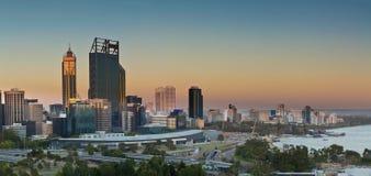 Perth bij zonsondergang Stock Foto