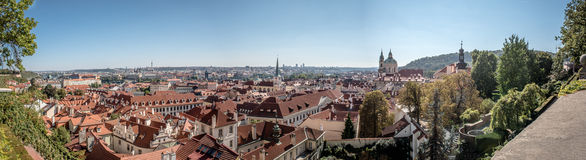 Panorama van de stad van Praag Stock Afbeeldingen