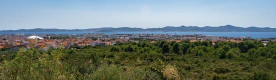 Panorama van de stad van Zadar en omgeving in Kroatië stock fotografie