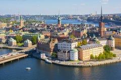 Panorama van de stadsgamla Stan van Stockholm het oude vanaf Stadhuisbovenkant, Zweden royalty-vrije stock foto's