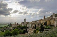 Panorama van de vallei in Assisi, Italië Stock Afbeelding