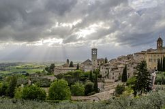Panorama van de vallei in Assisi, Italië Stock Foto's