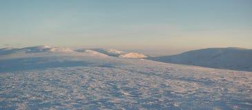 Panorama van de wintertoendra (Noord-Siberië) Royalty-vrije Stock Foto