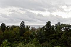 Panorama van de Zwarte Zee met boot Stock Foto's