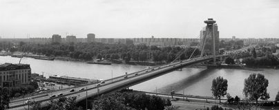 Panorama van een brug over de stad royalty-vrije stock afbeeldingen