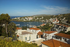 Panorama van een jachtjachthaven bij Andros eiland royalty-vrije stock fotografie