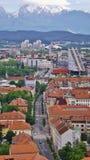 Panorama van een modern district in Ljubljana, Slovenië Stock Afbeeldingen