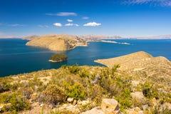 Panorama van Eiland van de Zon, Titicaca-Meer, Bolivië Stock Afbeeldingen
