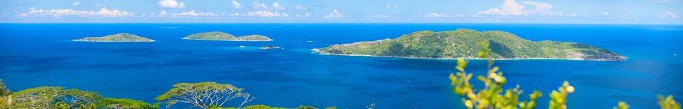 Panorama van eilanden in Seychellen Stock Afbeelding