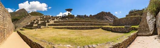 Panorama van Geheimzinnige stad - Machu Picchu, Peru, Zuid-Amerika. De Incan-ruïnes. royalty-vrije stock afbeelding