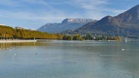 Panorama van het Annecy meer stock videobeelden