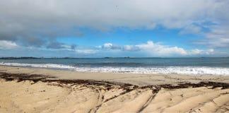 Panorama van het Diepe Oceaanstrand van het Water Stock Fotografie