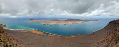 Panorama van het Eiland van La Graciosa. Canarische Eilanden. Stock Foto