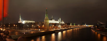 Panorama van het Kremlin van brug. Stock Fotografie