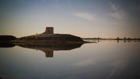 Panorama van het meer en de vesting van Zaytun dichtbij Siwa-oase, Egypte stock foto